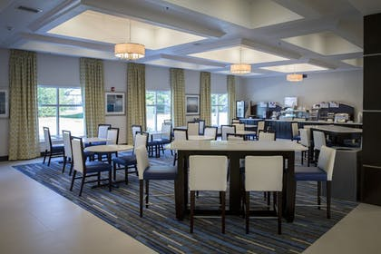 Restaurant | Holiday Inn Express & Suites Edwardsville