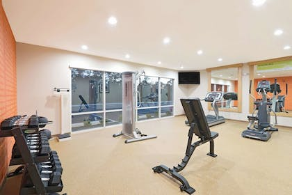 Fitness Facility | La Quinta Inn & Suites by Wyndham Little Rock - West
