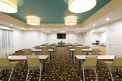 Meeting Facility | La Quinta Inn & Suites by Wyndham Little Rock - West