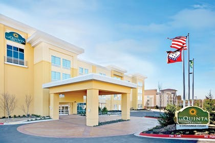 Exterior | La Quinta Inn & Suites by Wyndham Little Rock - West